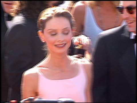 calista flockhart at the 1998 emmy awards at the shrine auditorium in los angeles, california on september 13, 1998. - calista flockhart stock-videos und b-roll-filmmaterial