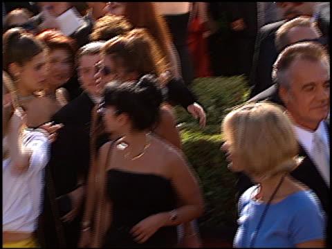 vídeos y material grabado en eventos de stock de calista flockhart at the 1999 emmy awards at the shrine auditorium in los angeles california on september 12 1999 - calista flockhart