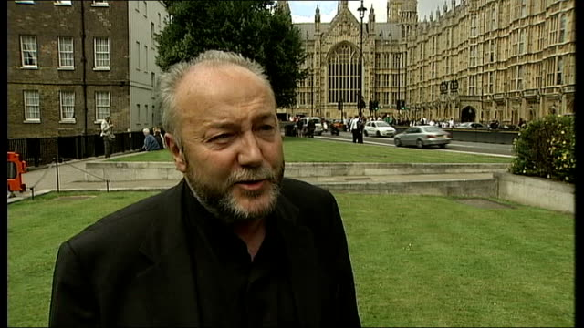 call for george galloway suspension from commons george galloway interview sot you haven't asked me any questions about why i accepted money from a... - skadedjursangrepp bildbanksvideor och videomaterial från bakom kulisserna