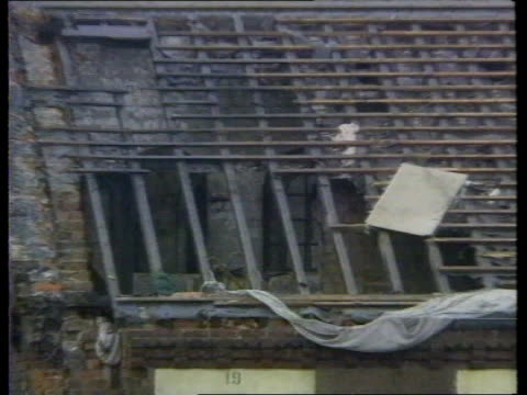 call for stricter conditions; manchester: strangeways ext seq damage to prison roof tx.11.6.90/itn - hm prison manchester stock videos & royalty-free footage