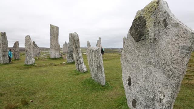 callanish standing stones and stone circle on the isle of lewis near stornoway, outer hebrides, scotland, uk. the stone circle is probably the most... - hebrides stock videos & royalty-free footage