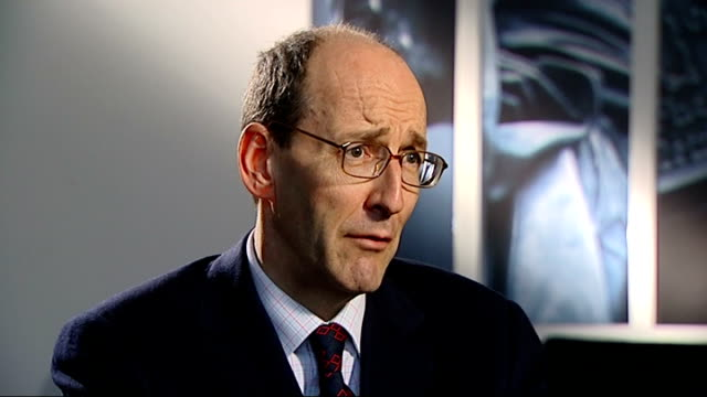 stockvideo's en b-roll-footage met calls for action against former senior executives of hbos int andrew tyrie mp interview sot this was colossal failure of management right at top of... - channel 4 news