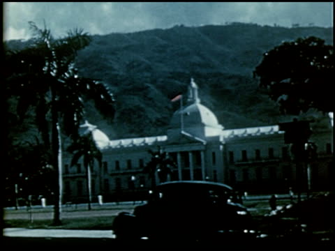 stockvideo's en b-roll-footage met calls in the caribbean: introduction to haiti - 2 of 8 - haïti