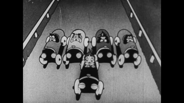 calm betty boop does her makeup as she races her car to the front - bianco e nero video stock e b–roll