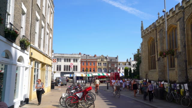 cambridge-uk, circa:market square in cambridge, united kingdom - cambridge university stock videos & royalty-free footage