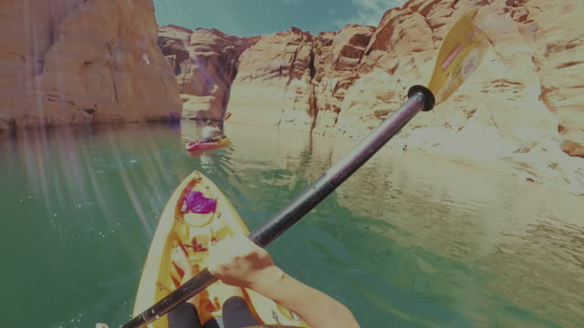360 camera pov kayaking in lake recreational area - canyon lake stock videos & royalty-free footage