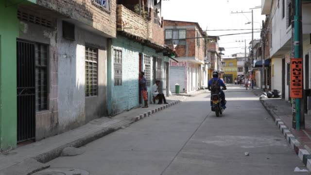 A camera pan to the right showing a small street in El Vertel a neighborhood with high criminality rate