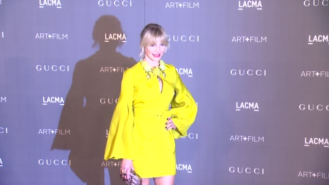 cameron diaz at lacma hosts 2012 art film gala honoring ed ruscha and stanley kubrick presented by gucci on 10/26/12 in los angeles ca - cameron diaz stock videos & royalty-free footage