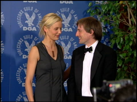 stockvideo's en b-roll-footage met cameron diaz at the dga awards press room on march 11, 2000. - cameron diaz