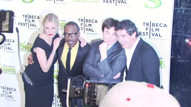 cameron diaz eddie murphy mike myers and antonio banderas at the 'shrek forever after' opening night premiere 9th annual tribeca film fest at new... - mike myers actor stock videos & royalty-free footage