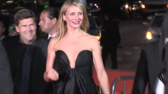 cameron diaz enters the other woman premiere in westwood celebrity sightings in los angeles on april 21 2014 in los angeles california - westwood stock-videos und b-roll-filmmaterial