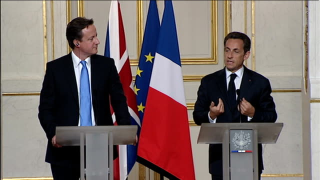 cameron/sarkozy joint press conference qa session on loving brown and cameron being eurosceptic nicolas sarkozy qa sot thank you for this effort in... - thank you englischer satz stock-videos und b-roll-filmmaterial