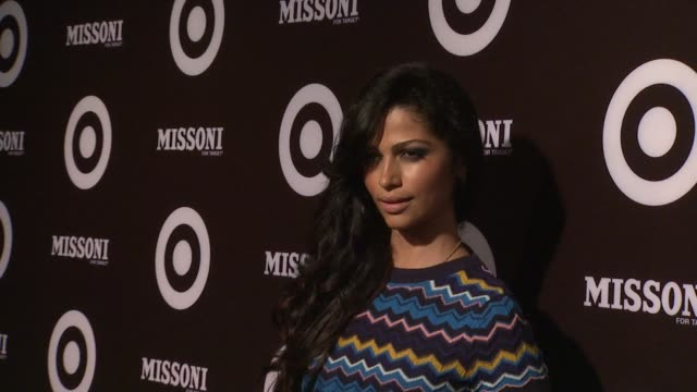 vídeos de stock, filmes e b-roll de camila alves at the missoni for target private launch event at new york ny. - missoni