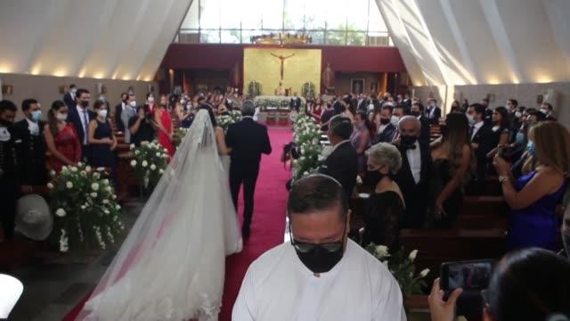 camila fernández la hija mayor del cantante de rancheras mexicano alejandro fernández se casó el fin de semana con francisco barba a pesar de la... - hija stock videos & royalty-free footage
