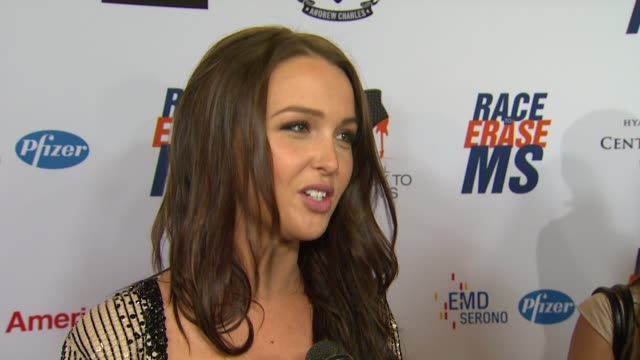 camilla luddington on being a part of the night her glam rock attire walking in the show and how she's been preparing for tonight at 19th annual race... - race to erase ms stock videos and b-roll footage