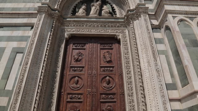 campanile & duomo door, piazza del duomo, florence, tuscany, italy, europe - ornate stock videos & royalty-free footage