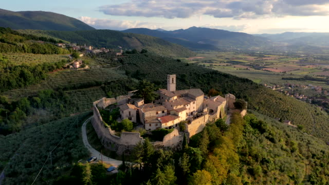 campello alto fortified village, umbria, italy - surrounding wall stock videos & royalty-free footage