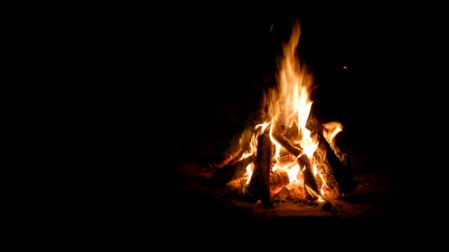 campfire loop, offset to right (hd, w/sound) - log stock videos & royalty-free footage
