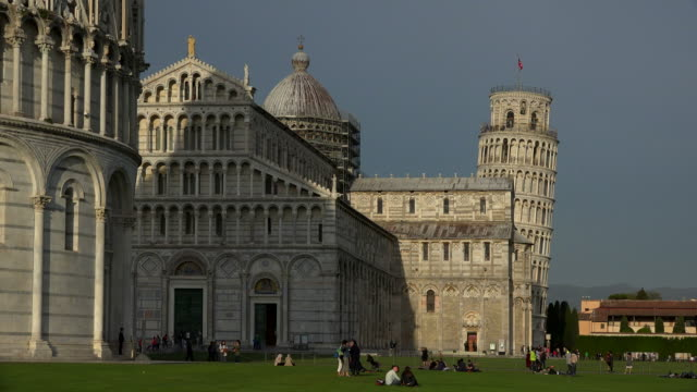 campo dei miracoli with baptistry, santa maria assunta cathedral and leaning tower, pisa, tuscany - pisa cathedral stock videos & royalty-free footage