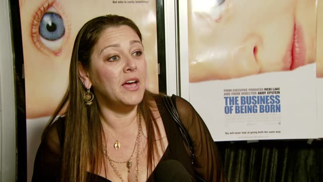 camryn manheim on what brings her out to the premiere, what the movie means to he, why she thinks we are given more otions when it comes to buying a... - camryn manheim stock videos & royalty-free footage