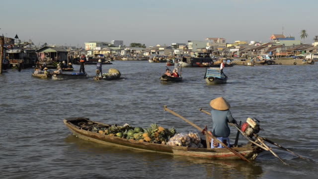 can tho floating market, mekong delta, vietnam - floating market stock videos & royalty-free footage
