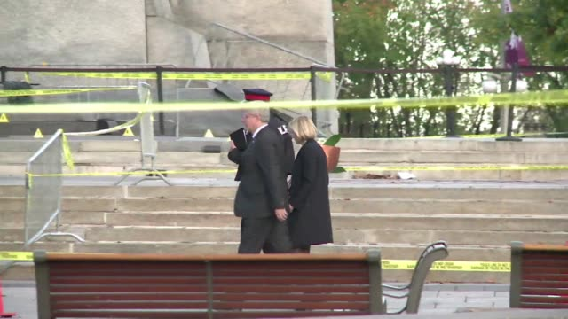 canadian prime minister stephen harper and politicians from across party lines paid their respects at the countrys war memorial on thursday the scene... - government minister stock videos & royalty-free footage