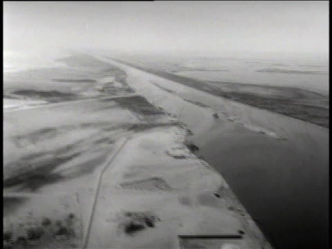 canal and surrounding area / ships in canal - suez canal stock videos & royalty-free footage