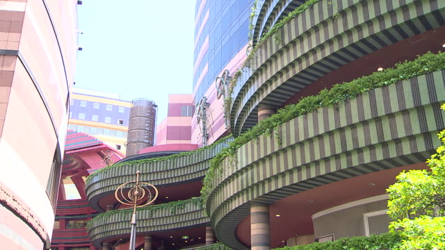 canal city hakata is a commercial complex opened in fukuoka city in april 1996 the building was designed by american architect/the mall specialist... - musical theater stock videos and b-roll footage