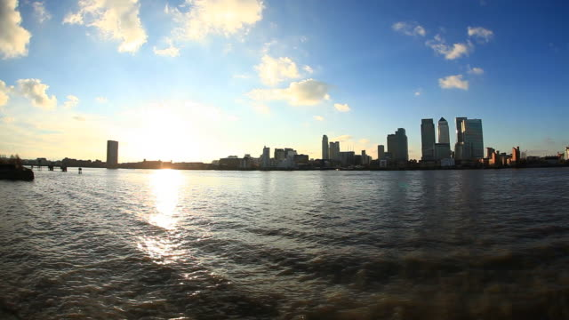 canary wharf and river thames hd video - hd 25 fps stock videos & royalty-free footage