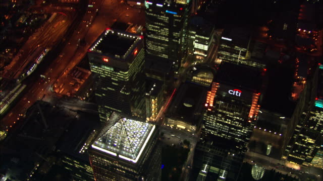 Canary Wharf at night Available in HD