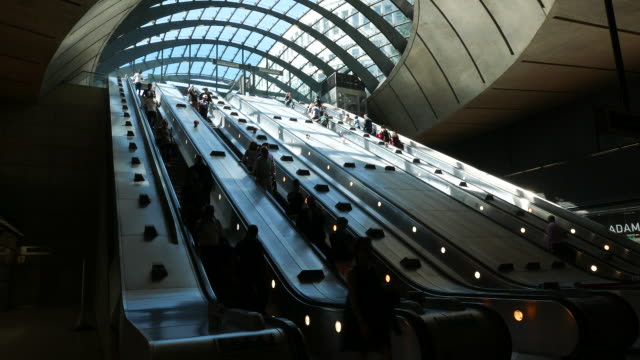 canary wharf commuters london - escalator stock videos & royalty-free footage