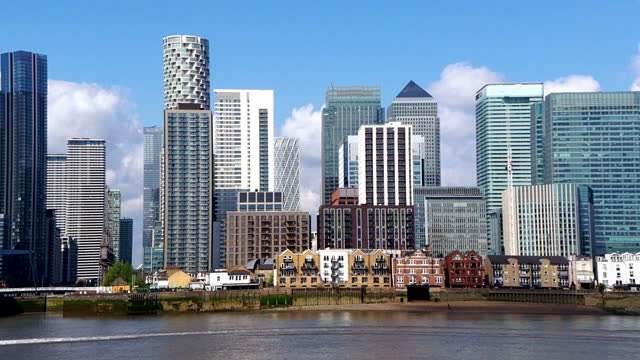 canary wharf - london, england - digital enhancement stock videos & royalty-free footage