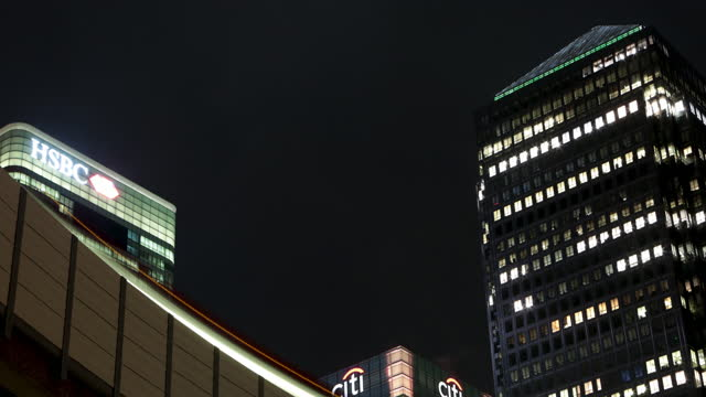 canary wharf timelapse - light trail stock videos & royalty-free footage