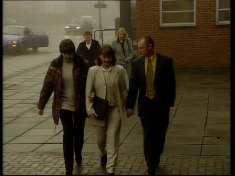 inquest itn england northamptonshire kettering kettering magistrates court family of donna horne towards as arriving at court - northamptonshire stock videos and b-roll footage