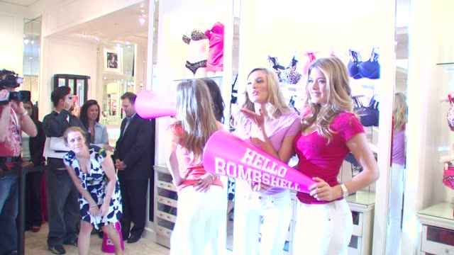 Candice Swanepoel and Doutzen Kroes at the Victoria's Secret Models Share Shopping Secrets Of A Supermodel at Los Angeles CA
