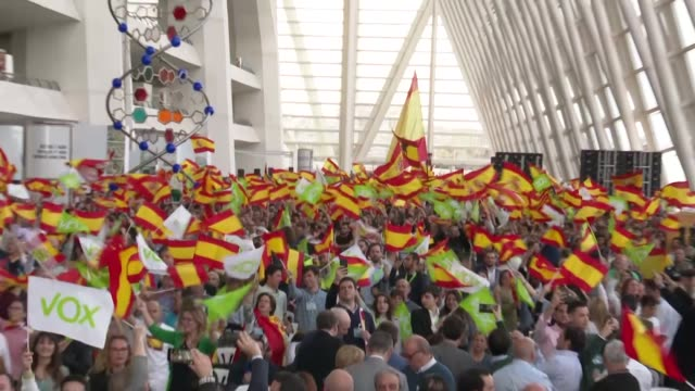 stockvideo's en b-roll-footage met candidate for prime minister for the spanish far-right party vox, santiago abascal arrives for a campaign rally in in valencia on april 25, 2019... - verkiezing