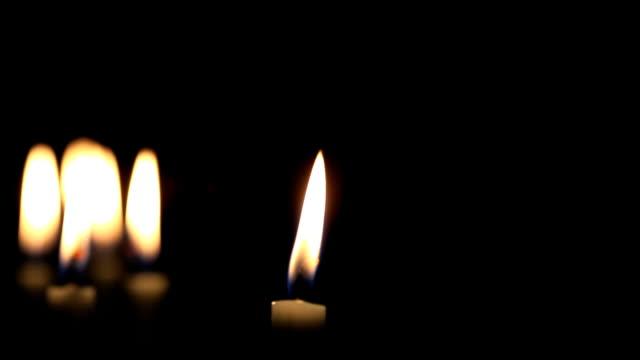 キャンドルのグループ - 追悼式点の映像素材/bロール