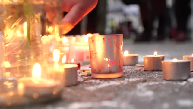 a candlelight vigil and messages of solidarity in christchurch new zealand after a white supremacist terrorist attack on two mosques - christchurch stock-videos und b-roll-filmmaterial