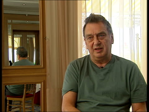 preview: stephen frears interview; - however very difficult to make a film in britain, but we do jolly well / financing a problem and all the lottery... - jolly video stock e b–roll
