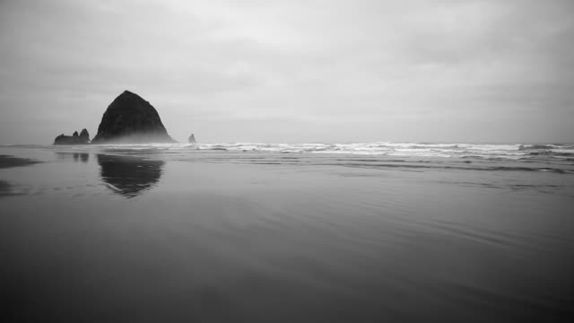 hd cannon beach haystack - oregon us - cannon beach stock videos & royalty-free footage