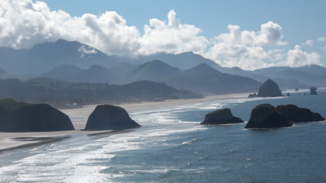 cannon beach oregon - cannon beach stock videos & royalty-free footage