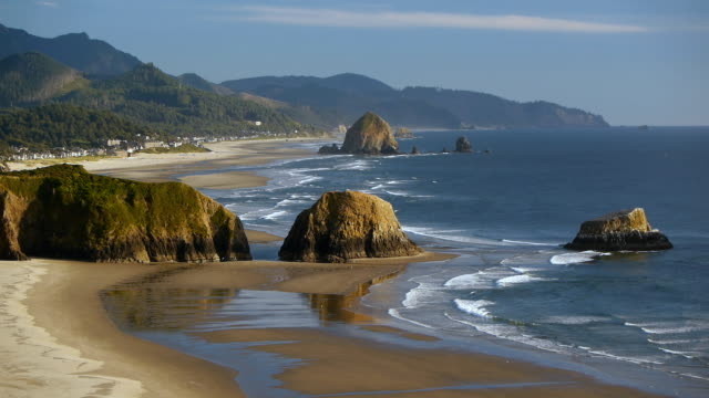 hd cannon beach oregon - oregon coast stock videos & royalty-free footage