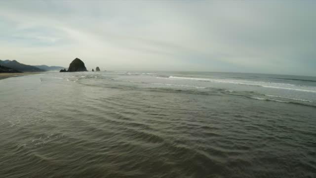 cannon beach, oregon - haystack rock stock videos & royalty-free footage