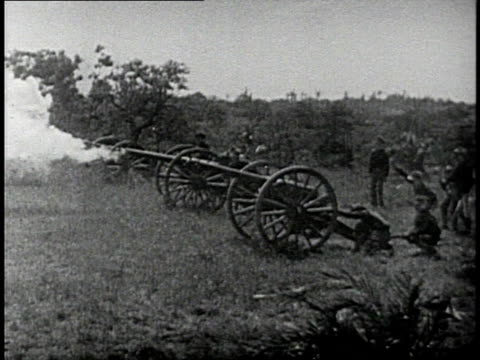 REENACTMENT Cannons firing during a recreation of the 1898 Spanish American War / Cuba
