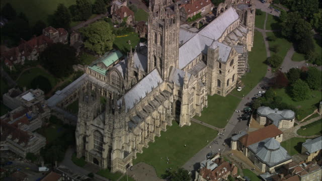 canterbury cathedral - canterbury cathedral stock videos & royalty-free footage