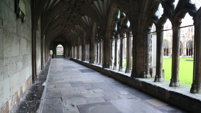 canterbury cathedral, view of the cloister - canterbury cathedral stock videos & royalty-free footage