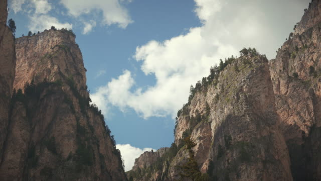 canyon in vallunga mountain, on dolomites - siusi stock videos & royalty-free footage