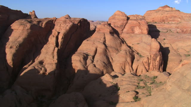 canyons near lake powell - lake powell stock videos & royalty-free footage