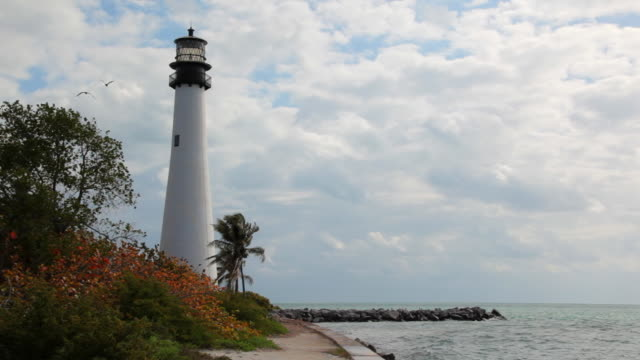 leuchtturm cape florida - biscayne bay stock-videos und b-roll-filmmaterial