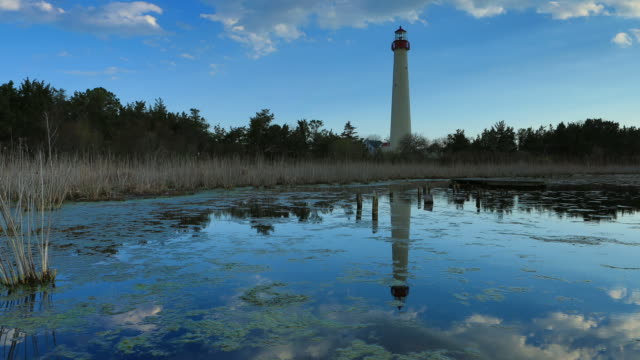 stockvideo's en b-roll-footage met cape may lighthouse, nj - new jersey